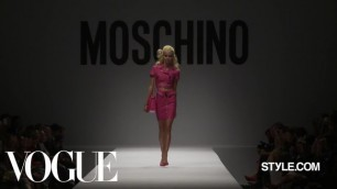 'Moschino Spring 2015 Ready-to-Wear - Fashion Show - Style.com'